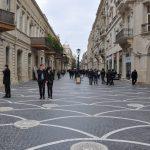 Баку это столица и экономический центр Азербайджана