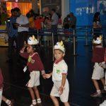Дети в Дубай молл ОАЭ