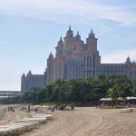 Пляж а отеле Атлантис в Дубае