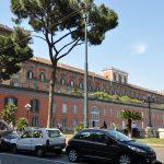 Неаполь город на берегу Неаполитанского залива на юге Италии